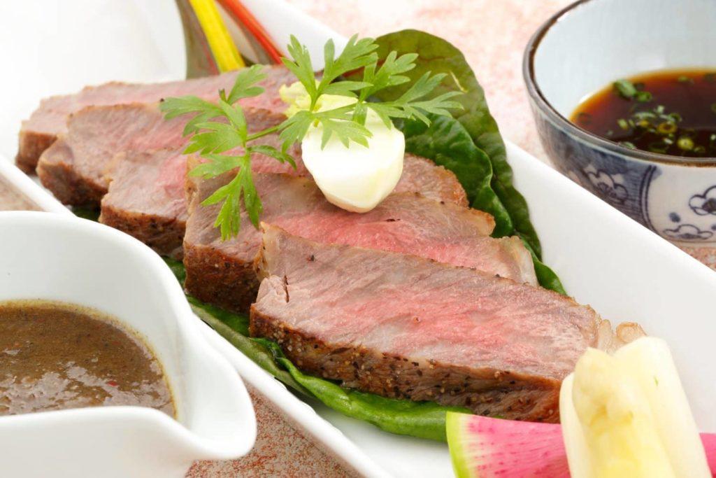 逸品料理 黒毛和牛のサーロンステーキ(120g)